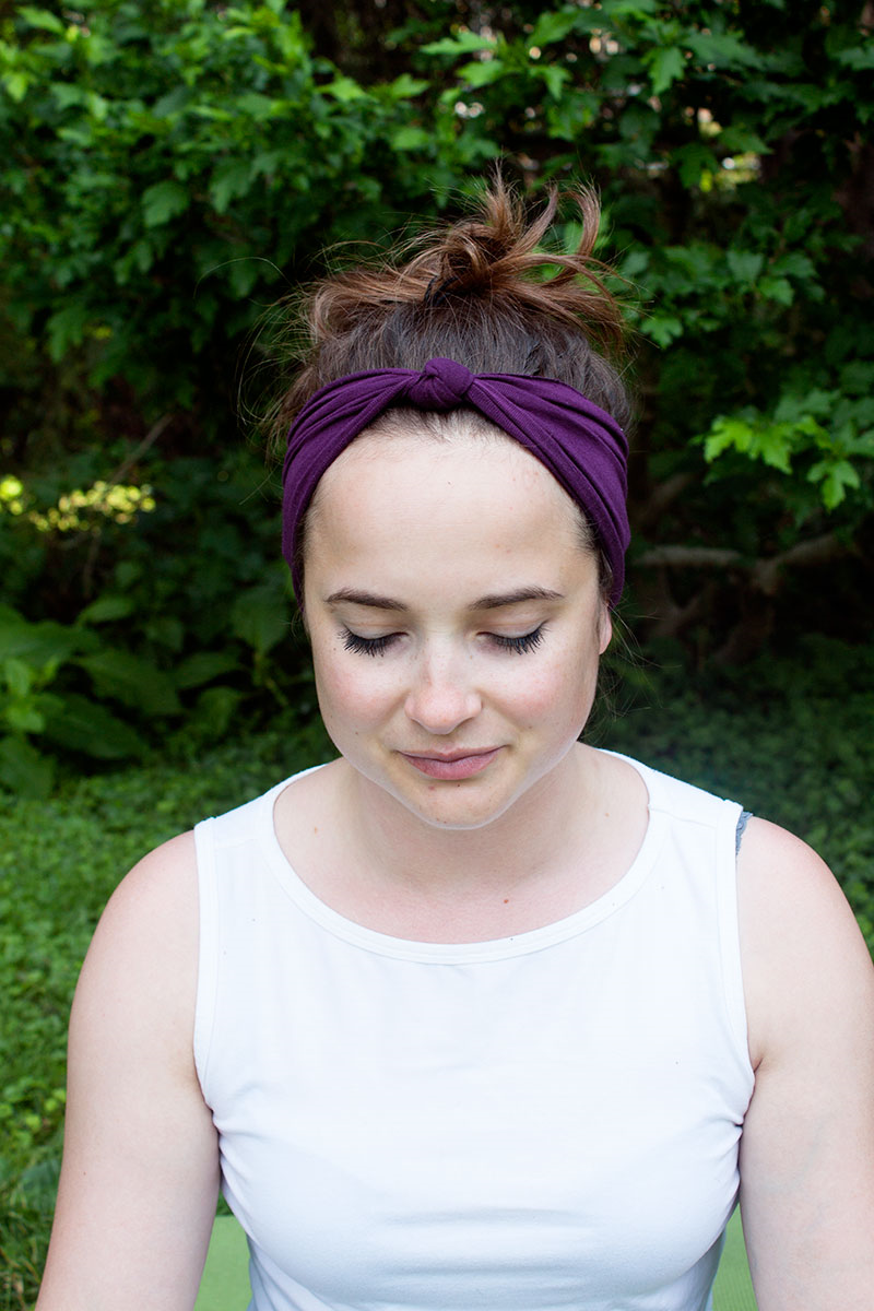 Sew an easy #yoga headband -- three different ways! (Click through for instructions)