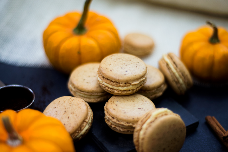 Pumpkin spice latte French macarons