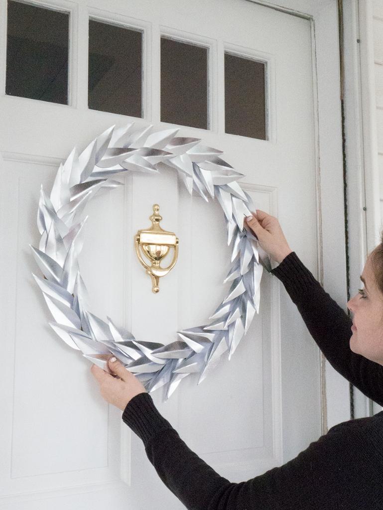 DIY metallic laurel paper wreath