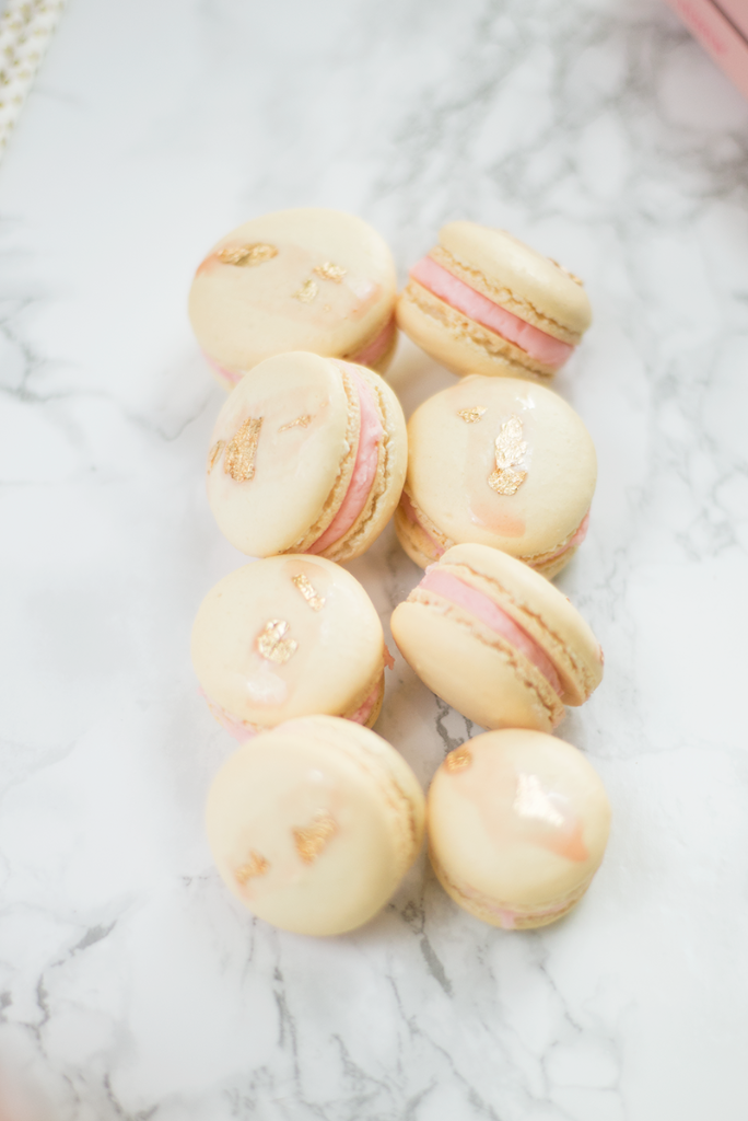 Rosé French macarons