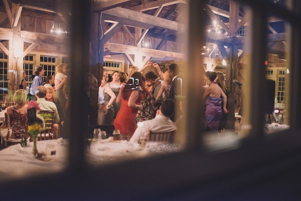 Dancing the night away / Love + Perry Photography