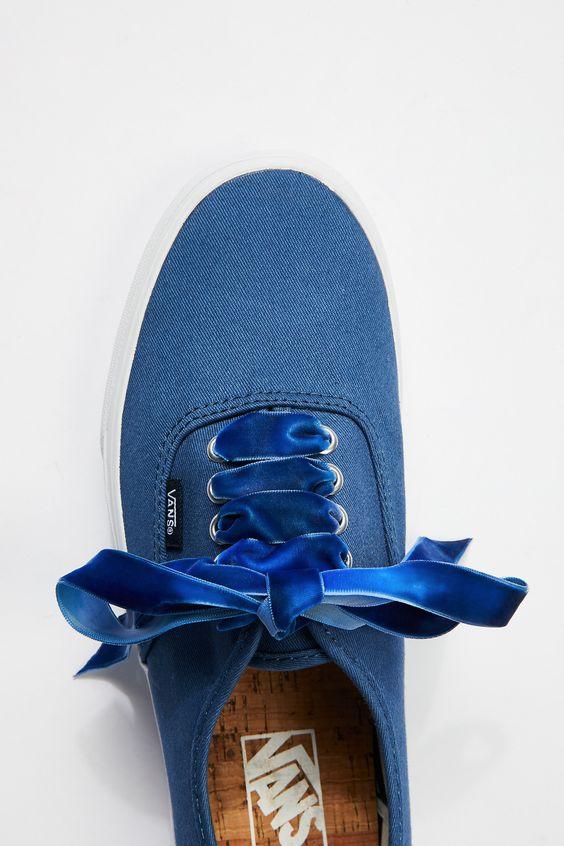 Velvet sneaker laces