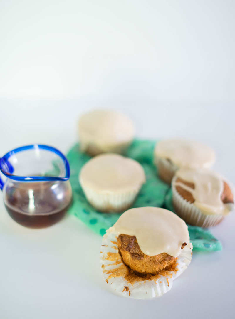 Peanut butter cupcakes with maple syrup icing (click through for the recipe!)
