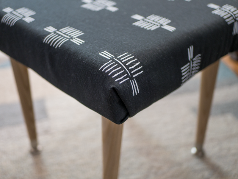 How to make an upholstered footstool