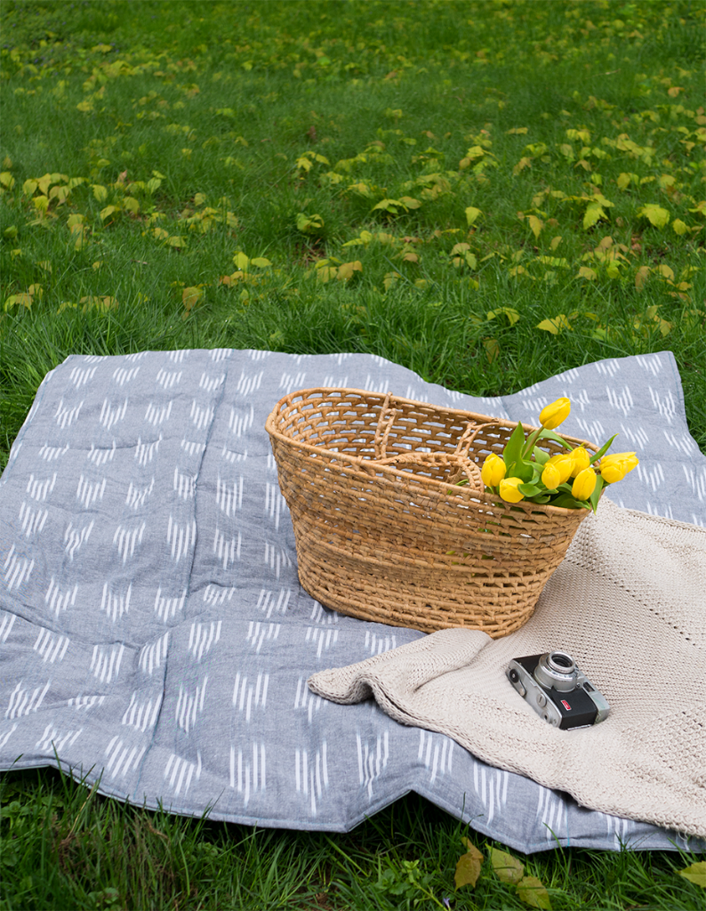 Diy Waterproof Quilted Picnic Blanket The Homesteady