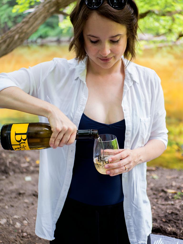 JaM wines at a summer picnic
