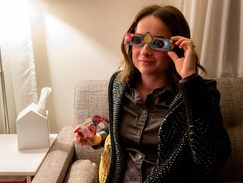 3D glasses make Christmas lights even more magical