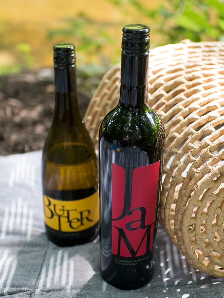Jam Cellars wine at a summer picnic